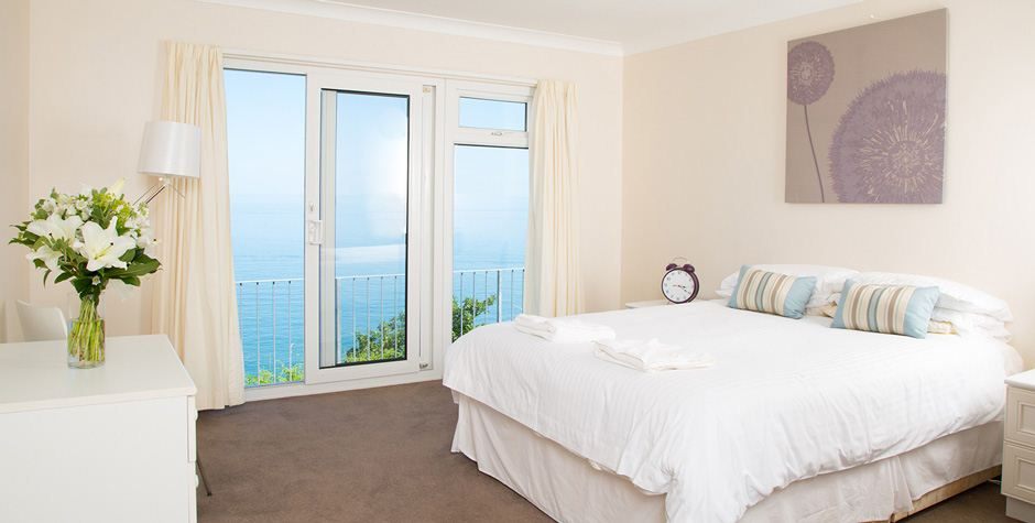 Clifftop Executive 3 Bed Leonards Cove